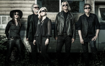 "Filthy Friends (Corin Tucker & Peter Buck) premiere video for ""Despierta"""
