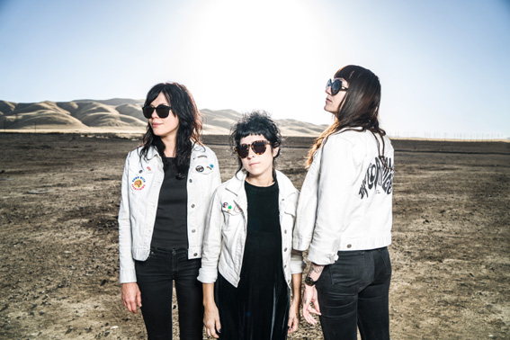 """Watch the new video for """"Nosebleed Weekend"""" from The Coathangers!"""